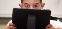 Učenici Irske osnovne škole zamenjuju knjige sa iPad-om